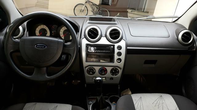 Ford Fiesta 1.6 flex 2008 - Foto 4