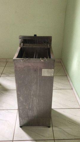 Fritadeira elétrica profissional Água e óleo 18 litros