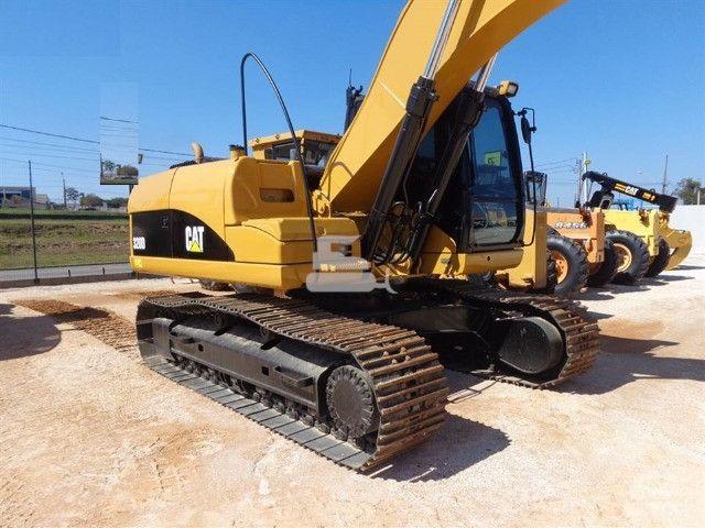 Escavadeira 320 d caterpillar 2013 unico dono otimo estado toda revisada - Foto 2