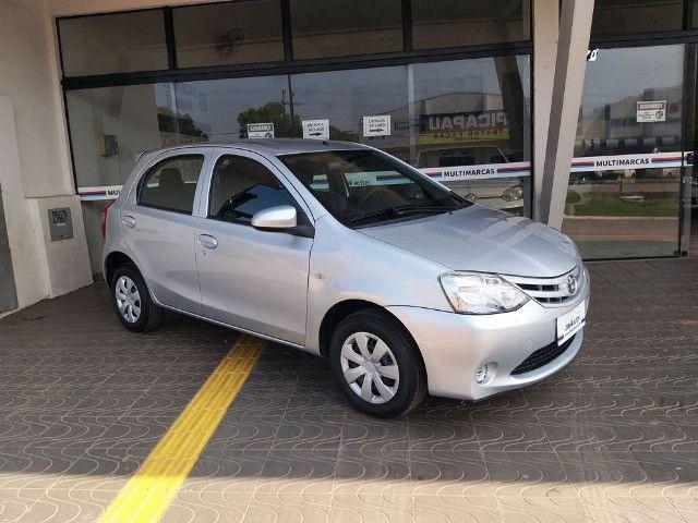 Toyota Etios Hatch 1.3 X Flex - 2013/2014 - R$ 34.000,00