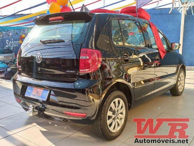 Volkswagen Fox Bluemotion 1.0 Flex Completo, Baixo KM - Foto 3