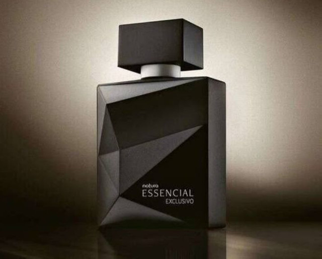 Deo Parfun Essencial exclusivo