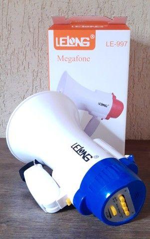 Megafone portátil com microfone e sirene musical