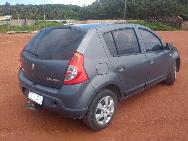 Sandero 1.6 por preço de carro 1.0 - Foto 2