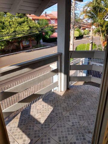 Alugo Apartamento 2 dormitórios, banheiro social com hidro, semi mobiliado - Foto 16