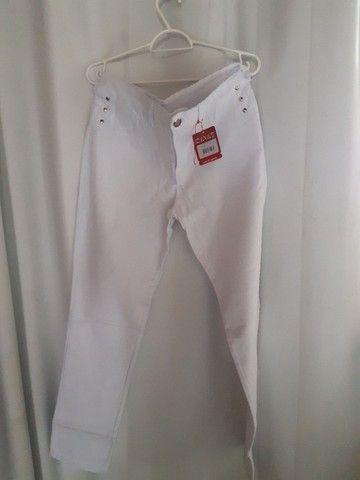 Calça branca feminina com lycra tam 44/46