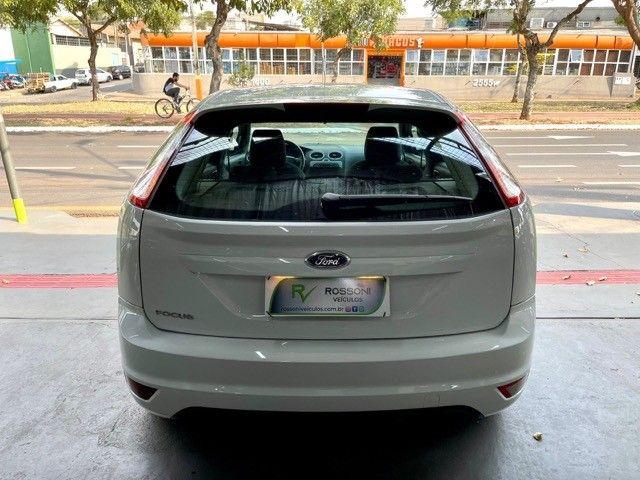 Ford Focus 1.6 flex Completo  - Foto 8