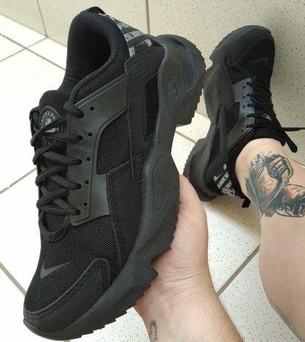 Tenis (Leia a Descrição) Nike Black Várias Cores Novo - Foto 4