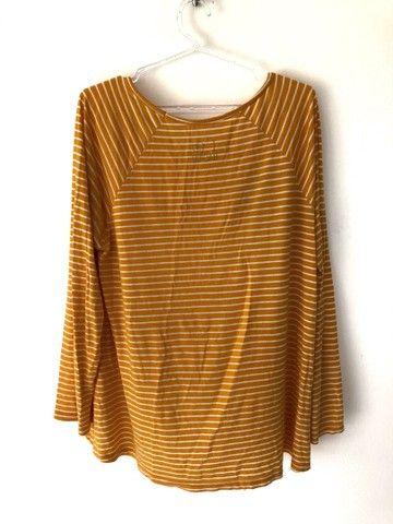 camisa feminina listrada - Foto 2