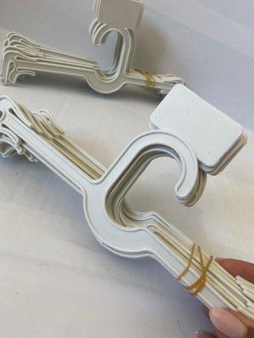 Vendo cabides de Lingerie - 102 unidades - Foto 2