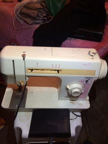 Máquina para costura singer LP 402 B 110V cor laranja  RELÍQUIA  - Foto 5