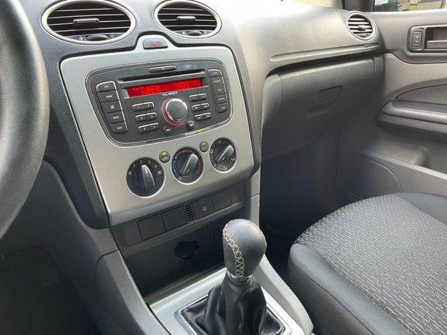 Ford Focus 1.6 flex Completo  - Foto 19