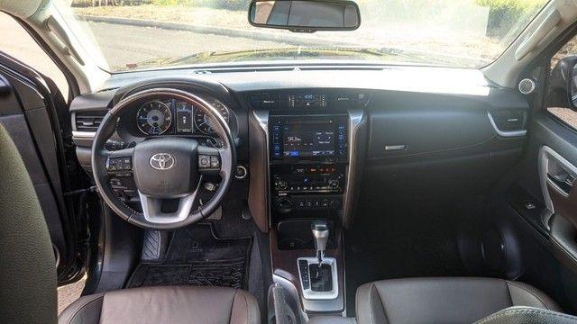 Toyota/SW4 - SRX - 7 Lugares - Foto 5