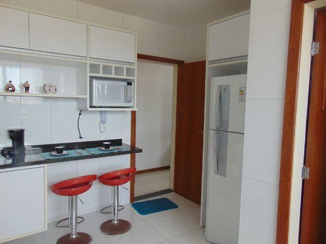 Apartamentos 3 quartos 1 suíte Pitangueiras