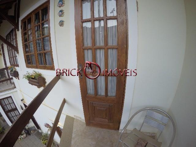 Linda casa duplex em bairro nobre de Teresópolis - Foto 15