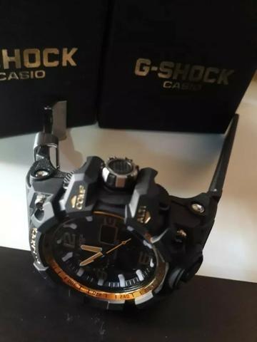 67781717f32 Relogio g shock preto e dourado - Bijouterias