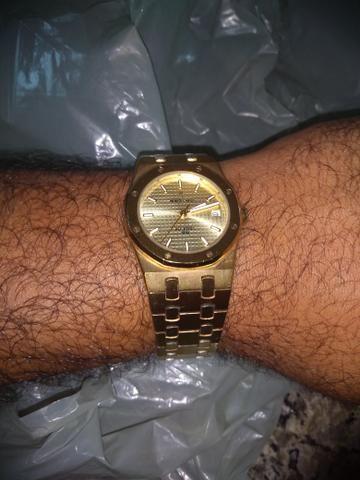 a5d9254bcf3 Lindo relógio Monte Carlo - Bijouterias