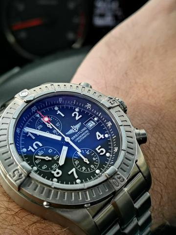7f50f89f92d Relógio Breitling Avenger Cronógrafo Titânio