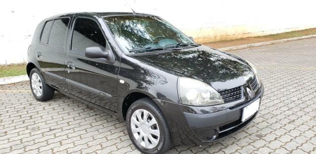 Clio hatch 1.6 ano 2005 !! - Foto 2