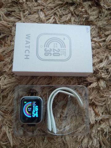Smartwatch D-20 + pulseira grátis - Foto 2