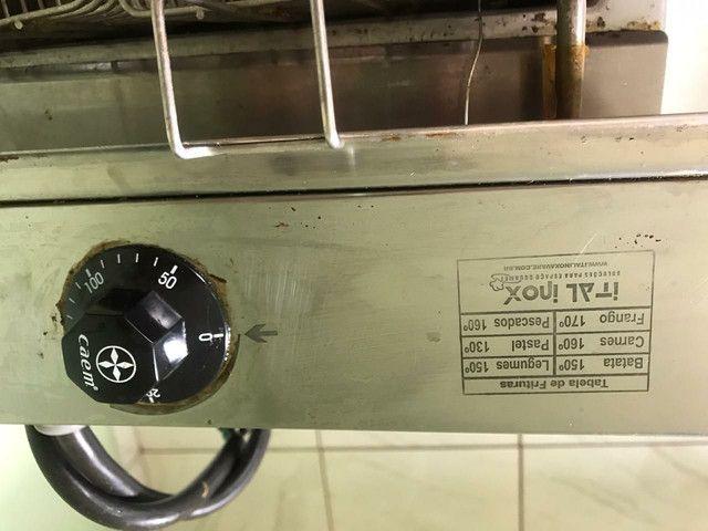 Fritadeira elétrica profissional Água e óleo 18 litros - Foto 6