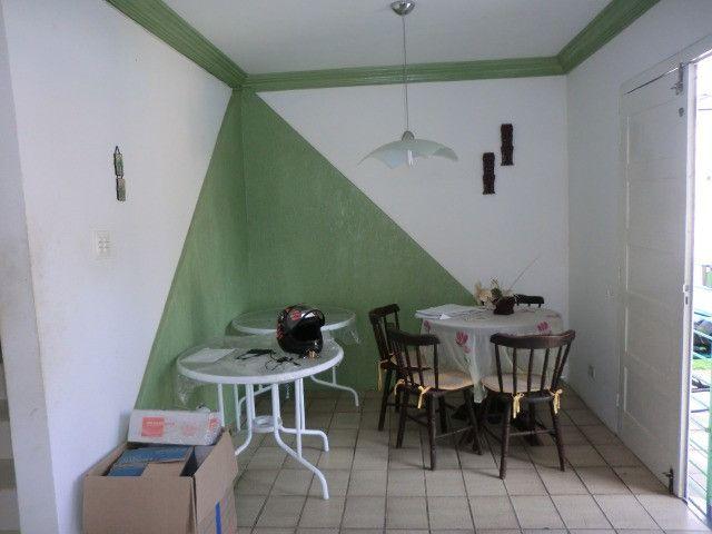Casa com 5 quartos sendo 2 suíte, lado do mar e próximo a avenida em Pau Amarelo - Foto 7