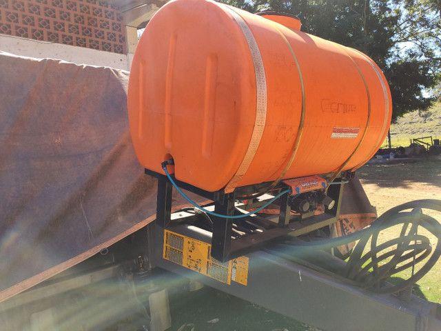 Tanque pulverizador inoculante Micron para plantadeiras Genius 600 litros  - Foto 3