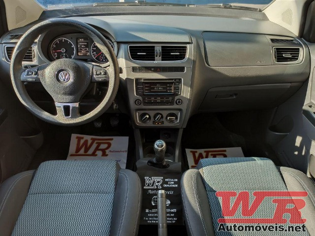 Volkswagen Fox Bluemotion 1.0 Flex Completo, Baixo KM - Foto 8