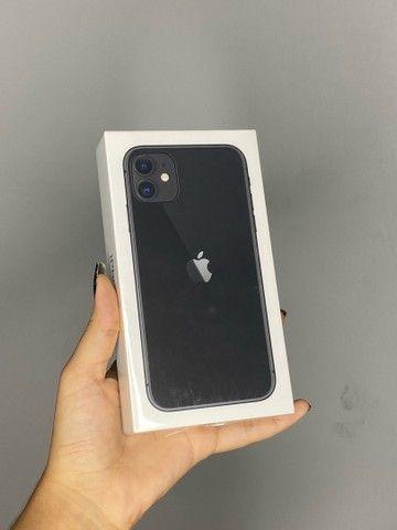 iphone 11 64gb lacrado com nota fiscal e 1 ano de garantia apple