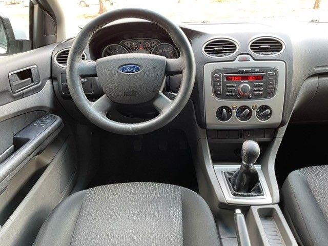 Ford Focus 1.6 flex Completo  - Foto 11