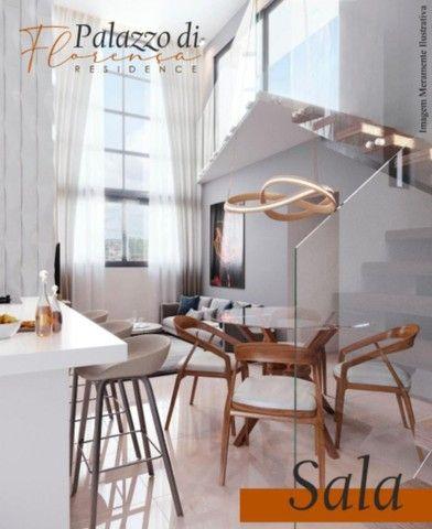 Apartamento de três quartos com cobertura privativa completa - Foto 2