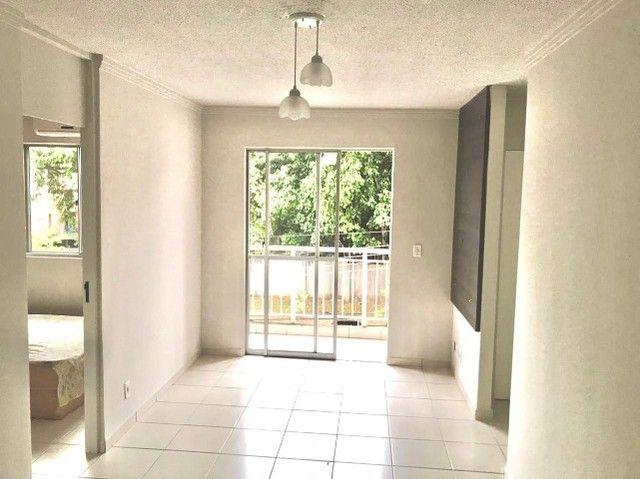 Apartamento com 3 Quartos e 1 banheiro à Venda, 56 m² por R$ 190.000 - Foto 15