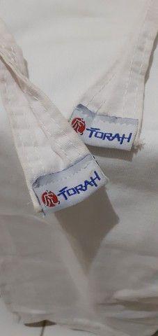 Kinormo de karatê Jr pouco usando de  competição da marca TORAH  RS 50 são dois kinormos - Foto 4