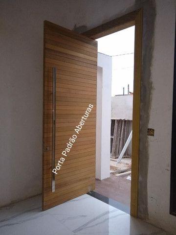 Portas Pivotante Externa - Foto 4