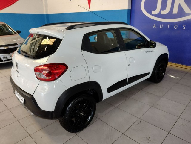 Kwid outsider 1.0 2020 GNV super extra. - Foto 6