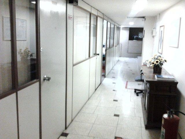 Sala (vc fica com as chaves) no Centro com internet e ar condicionado - Foto 7