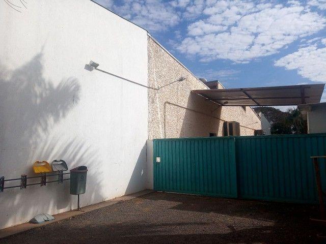 Aluguel -Galpão 900 mts + Escritório em terreno 2.500 mts - Foto 3