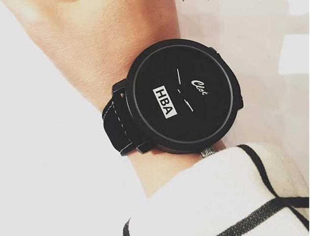 534b38ce30d Relógio de pulso UNISSEX - CLOT HBA STYLE - Bijouterias