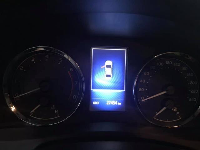 Toyota Corolla 27.000KM! XEi Automático - Modelo Novo - 2018 Só comigo via *