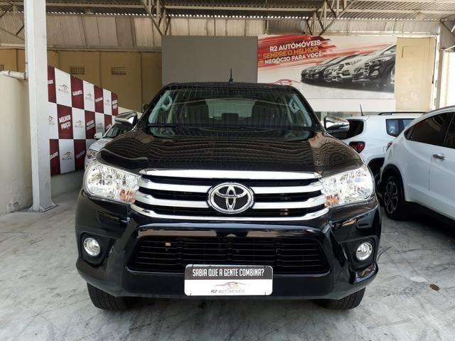 Toyota 2018 Hilux srv 4x4 2.7 Flex Automatico top de linha impecável confira - Foto 2