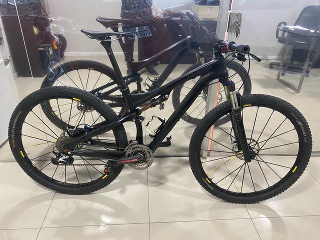 REVISADA!!Bicicleta MTB SPECIALIZED S- WORKS EPIC 29 TAMANHO M FULL - Foto 3