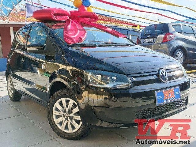 Volkswagen Fox Bluemotion 1.0 Flex Completo, Baixo KM - Foto 2