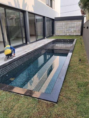 """Vendo Casa contendo 4 suítes - Condomínio Ecoville """"Construção Nova"""" - Foto 13"""