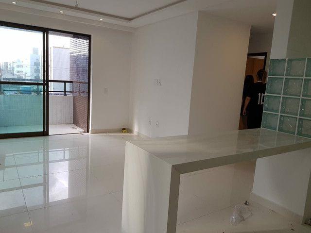 Apartamento nos BANCÁRIOS, 3 quartos, aréa de Lazer na cobertura - Foto 8