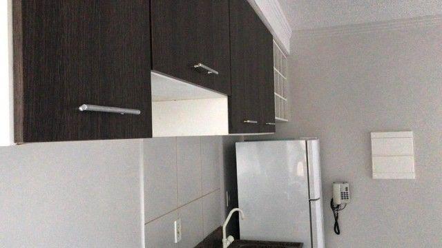 Apartamento com 3 Quartos e 1 banheiro à Venda, 56 m² por R$ 190.000 - Foto 9