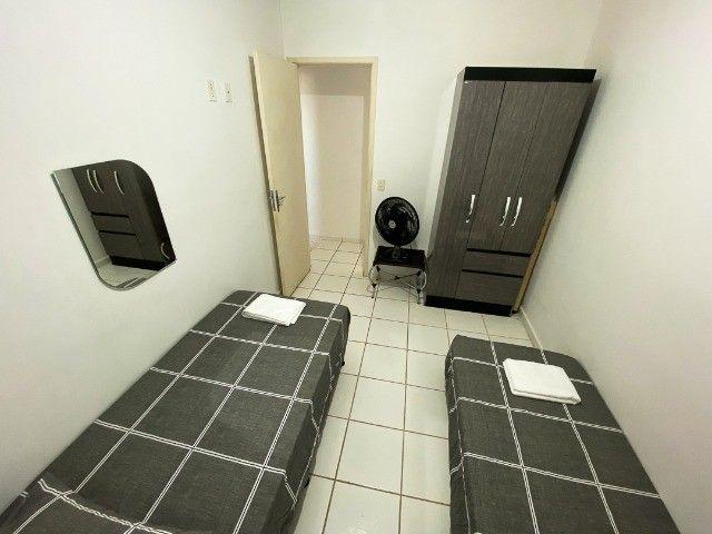 Locação Por Temporada) Apartamento mobiliado - Foto 7