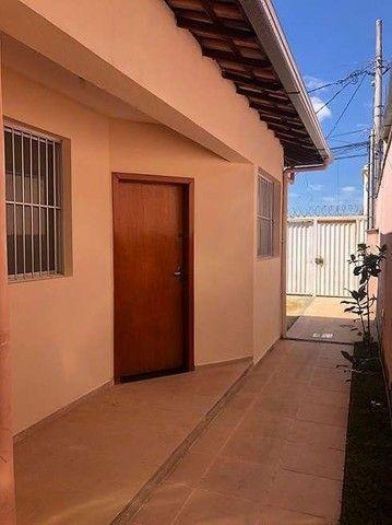 Pereira*  Casa em Contagem.