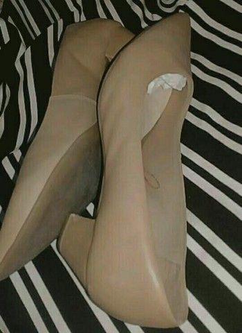 Sapatos semi novos, tamanho 36 37 E 37 38  - Foto 5