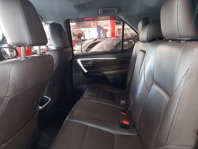 Toyota SW4 2.8 TDI SRX 7L 4x4 (Aut) - Foto 7