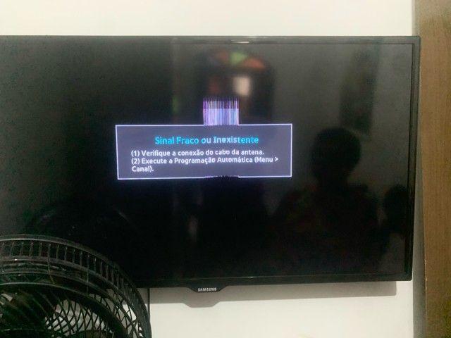 Samsung está ligando porém com listra  - Foto 2